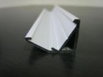 Угловой профиль для витрин