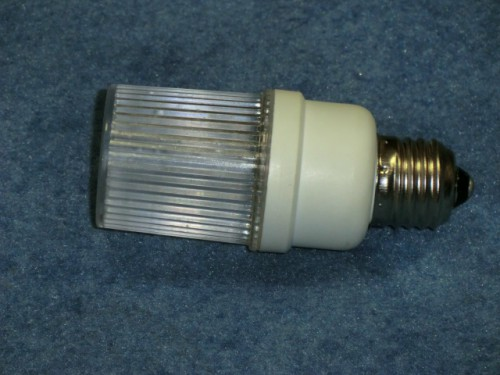 Строб лампа ксеноновая с цоколем Е27 Белый